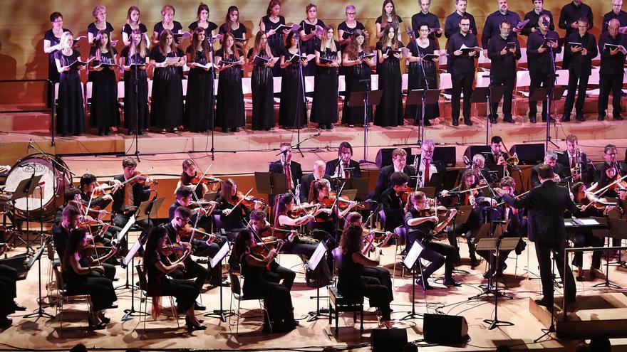 L'Auditori de Girona reviu els èxits  de la història de la música en català