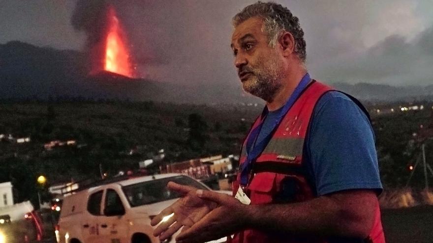 «Hay que entender que la lava no es un espectáculo, hay que estar con quien lo ha perdido todo»