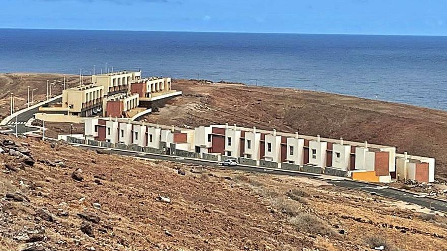 Un grupo de 28 familias corre riesgo de desahucio en el Faro de Sardina