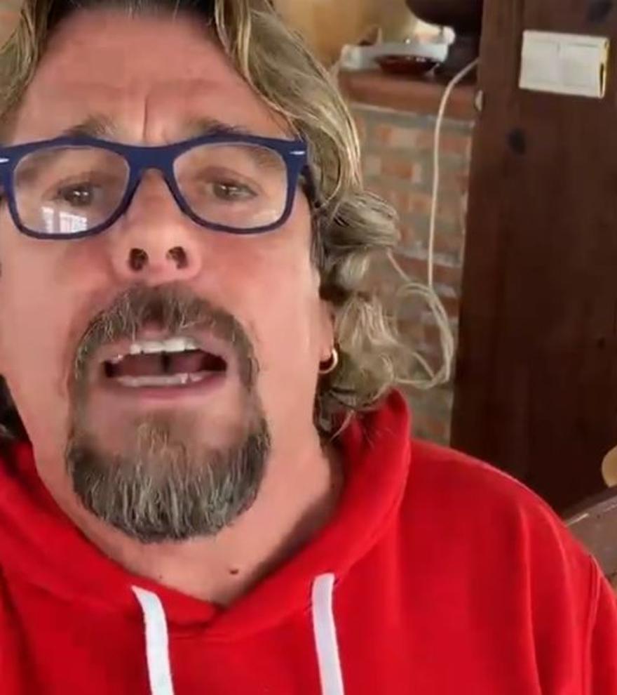 """Juan Muñoz, de Cruz y Raya, carga contra Pedro Sánchez: """"¡Inútil!"""