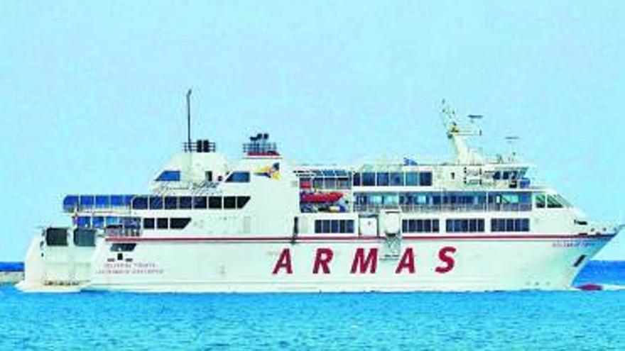 La naviera Armas refuerza las conexiones entre Corralejo y Playa Blanca el próximo lunes