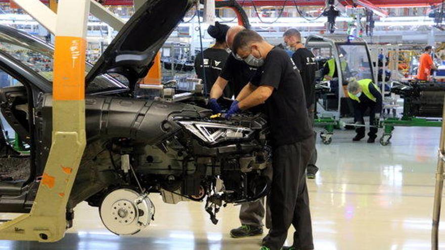 La producció industrial a Catalunya cau un 9,3% el 2020 per la crisi de la Covid-19