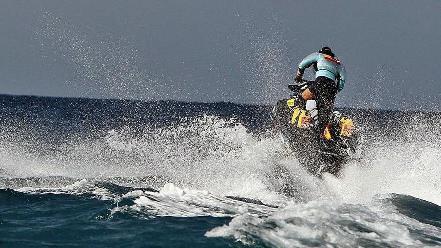 El primer luto en las motos acuáticas