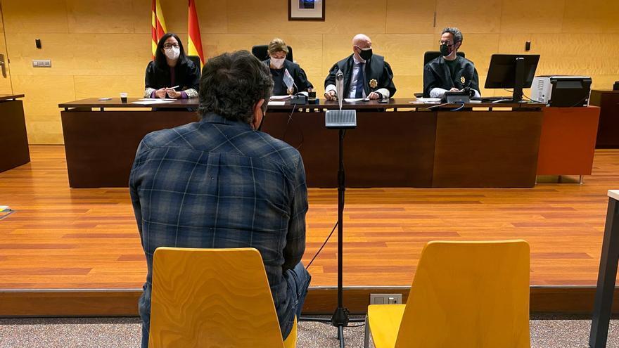 Presenten tres noves denúncies contra el professor d'hípica absolt d'abús sexual a Vilallonga de Ter