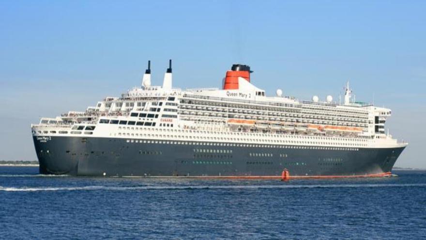 Desembarca la pareja grancanaria que se encontraba a bordo del Queen Mary 2 desde diciembre
