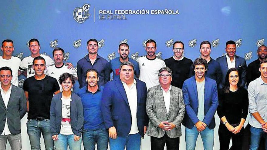 Sansó participa en la clausura del curso de entrenadores UEFA Pro