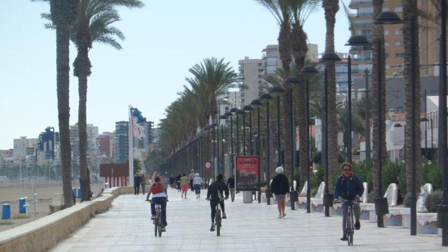 Más zonas verdes, carril bici y la piscina
