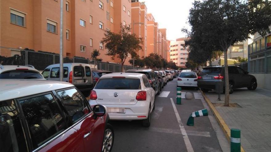 Los vecinos de Paterna piden un plan de evacuación ante el colapso de tráfico en Valterna