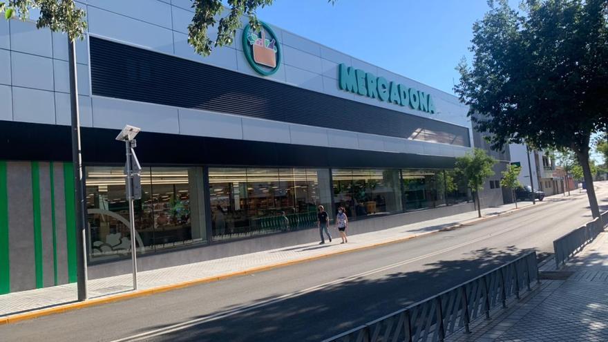 Abre en Peñarroya una nueva tienda eficiente de Mercadona