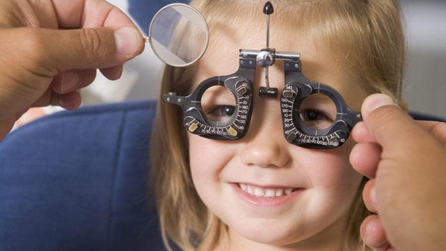 ¿Cómo detectar problemas de visión en los niños?