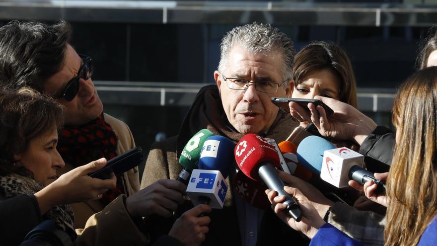 El juez procesa a Granados y al exsenador popular Erguido por el 'caso púnica'