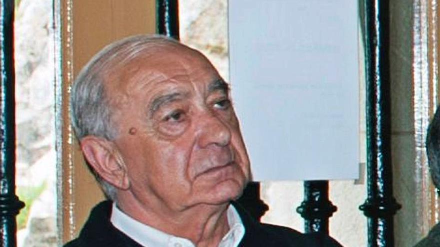 """Fallece el párroco de Otur y Santiago, un hombre que """"siempre ayudó a los demás"""""""