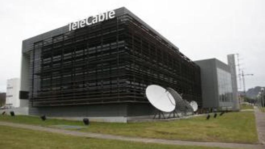 Admitida a trámite la opa de MásMóvil sobre Euskaltel, el dueño de Telecable