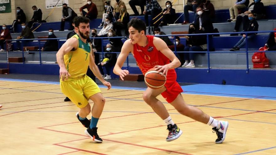 El base Gonzalo Orozco se incorpora a las filas del Peñarroya de baloncesto