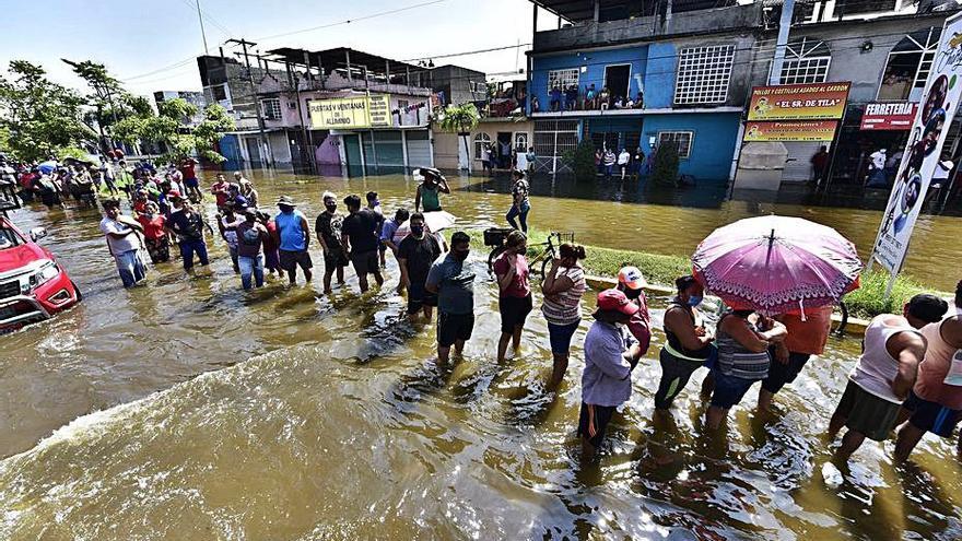 El clima provoca un  rècord de desplaçats tot i la pandèmia de COVID-19