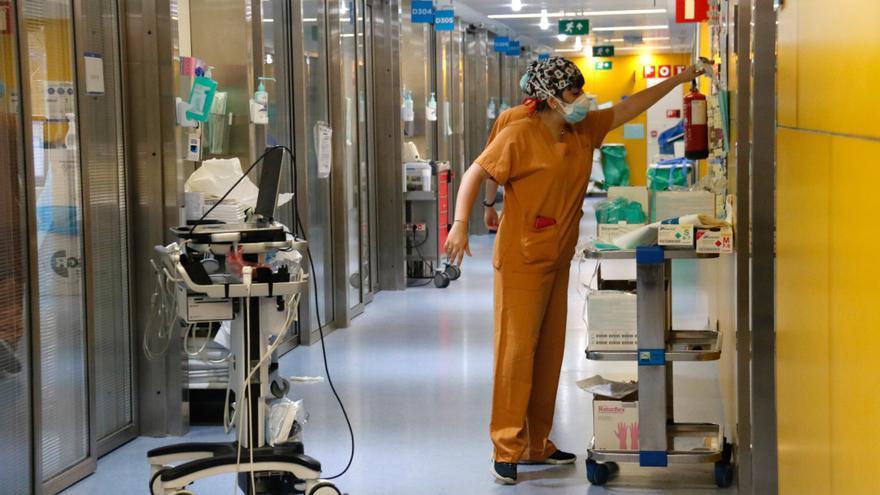 """Els investigadors preveuen un creixement """"moderat"""" de contagis però descarta problemes als hospitals"""