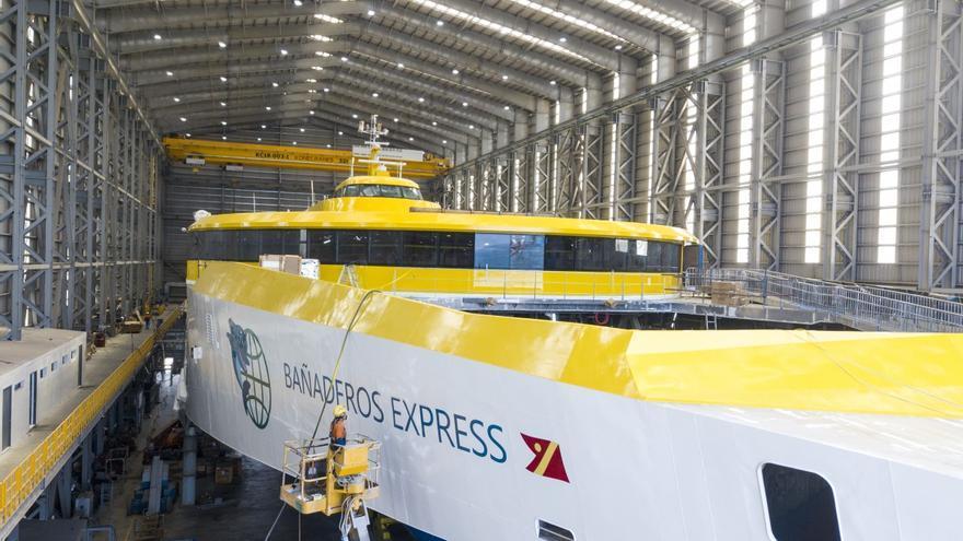 Fred. Olsen prevé que el nuevo ferry 'Bañaderos Express' opere en verano