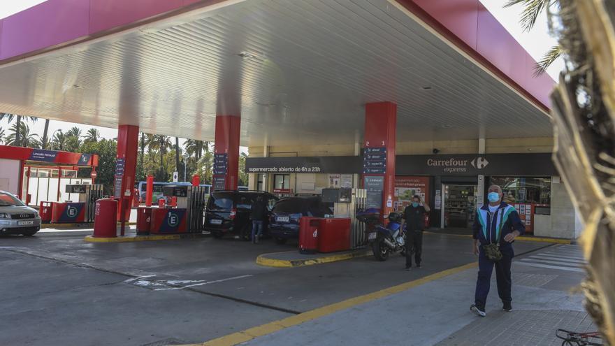 Pimesa cambia de política con la gasolinera municipal, fija precios y oferta descuentos a grandes flotas