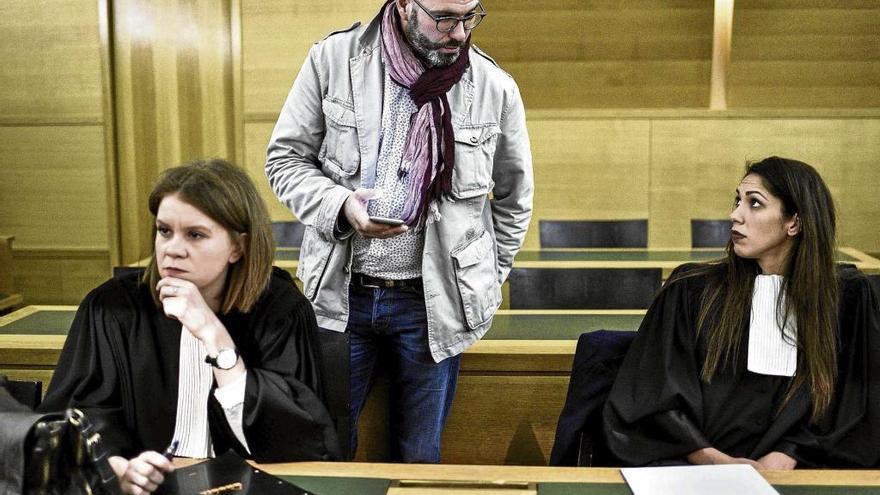 Francia aplaza el proceso por abusos en la Iglesia para poder juzgar a Ladaria