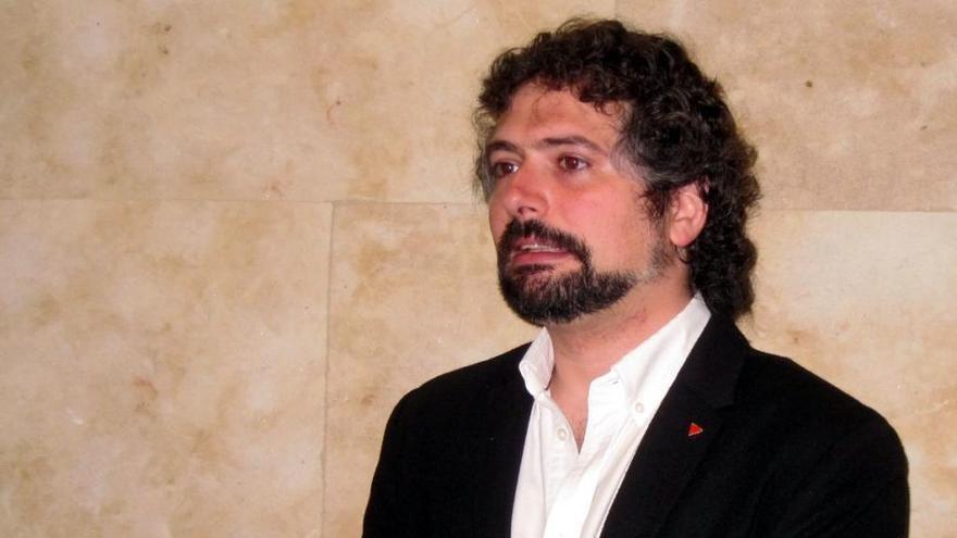"""Sarrión afirma que """"no hay ninguna intención de disolver"""" Izquierda Unida"""