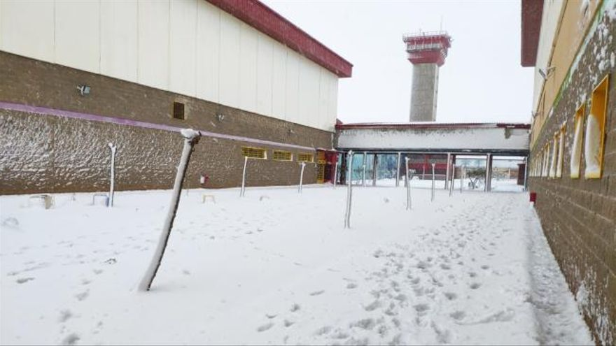Tensión en la prisión de Villena al quedarse aislada por el temporal de nieve