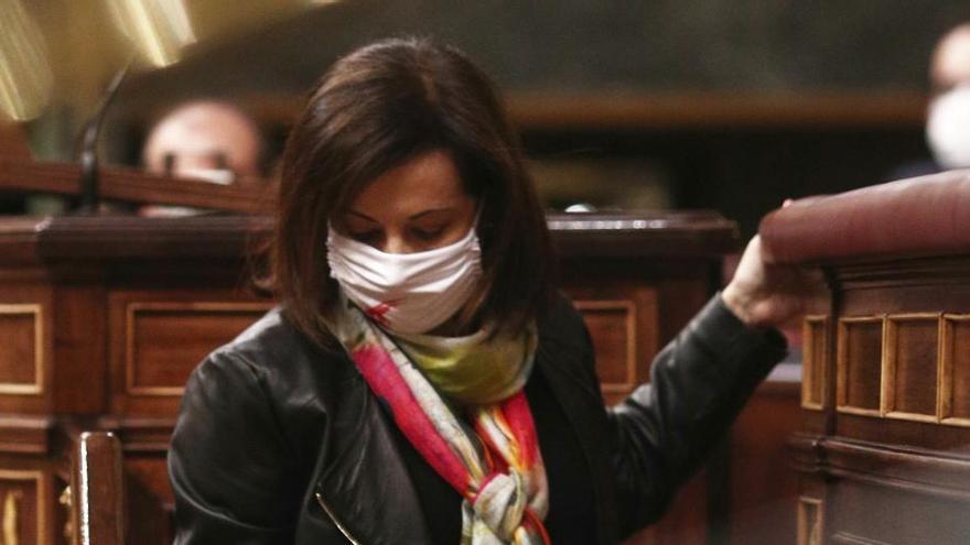 Margarita Robles assegura que les forces armades actuals són «totalment democràtiques»