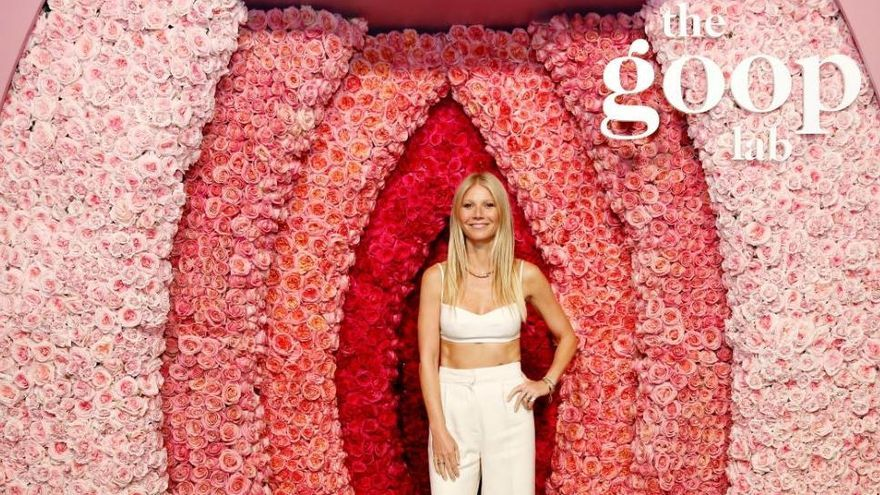 Gwyneth Paltrow presume de abdominales en un photocall