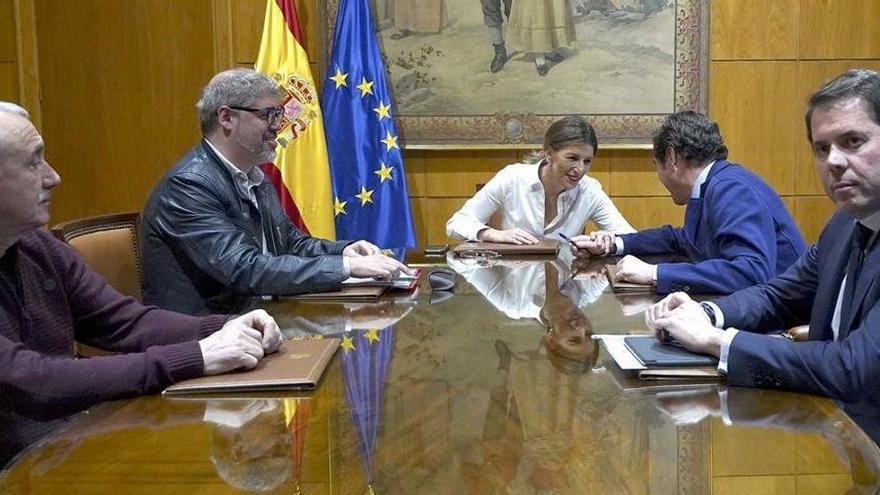 La CEOE avala el acuerdo para la prórroga de los ERTE hasta el 31 de mayo