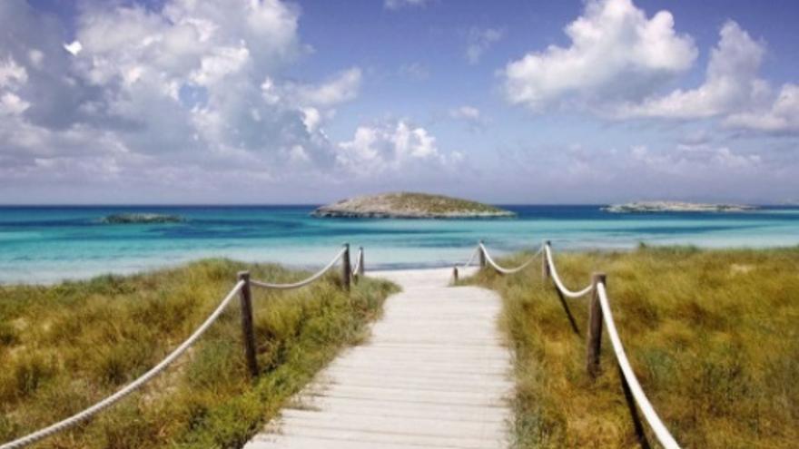 21 denuncias por incumplir la normativa sanitaria en Illetes de Formentera