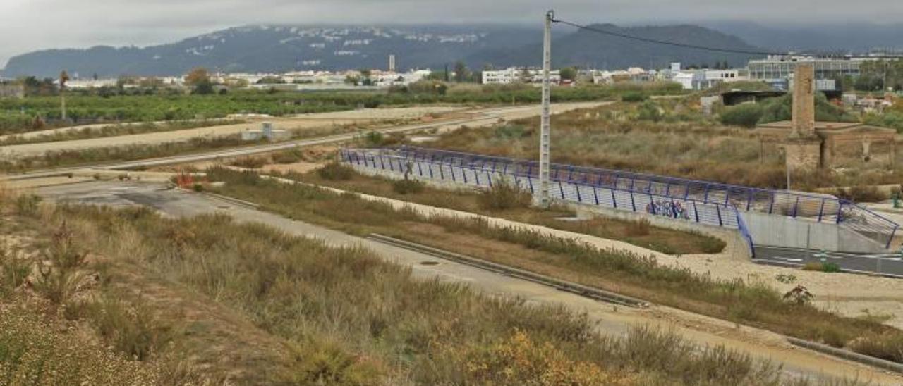 El Ministerio Fomento «olvida» el túnel del tren Gandia-Dénia en el acceso sur al puerto