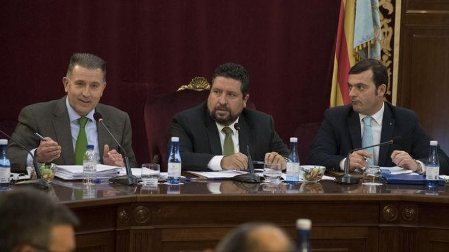 La Diputación respaldará al sector citrícola como emblema y orgullo de Castellón