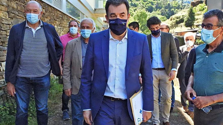 """La Xunta afirma que la candidatura mundial de la Ribeira Sacra """"saldrá reforzada"""" pese a su aplazamiento"""