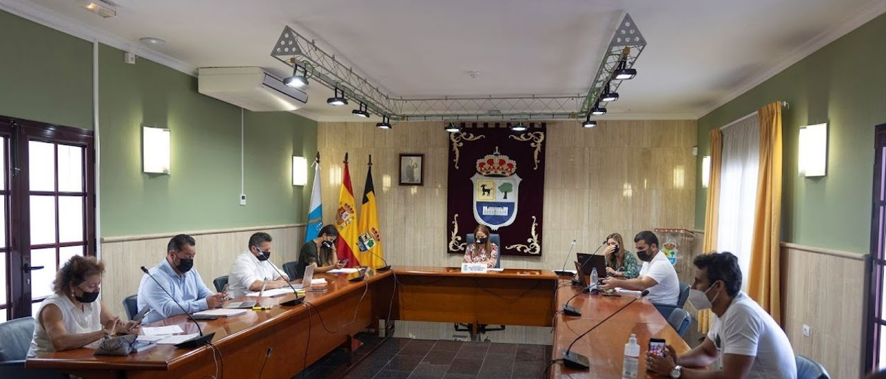 El pleno aprueba la reforma del edificio de Las Agujas para que se abra al público