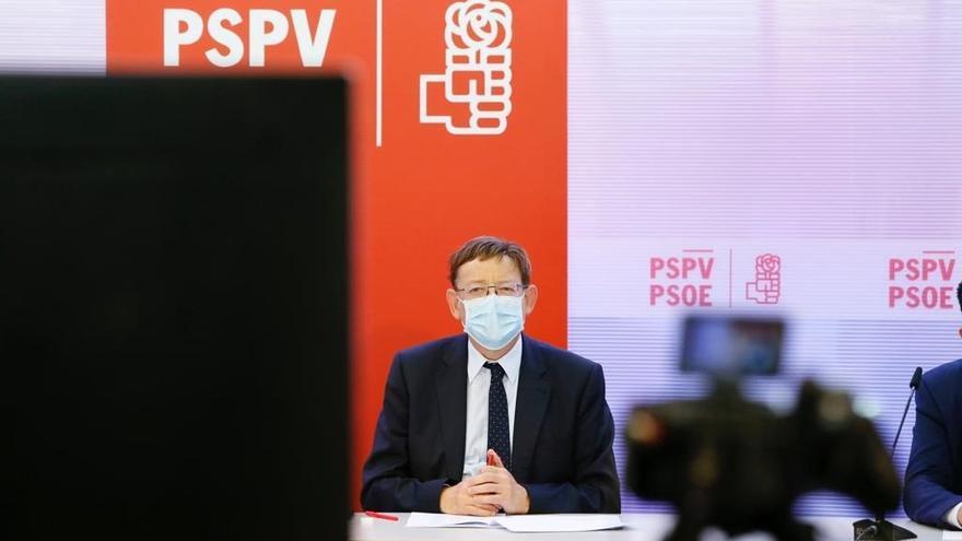 """Ximo Puig apuesta por que los alcaldes vacunados fuera de protocolo """"se aparten de sus cargos"""""""