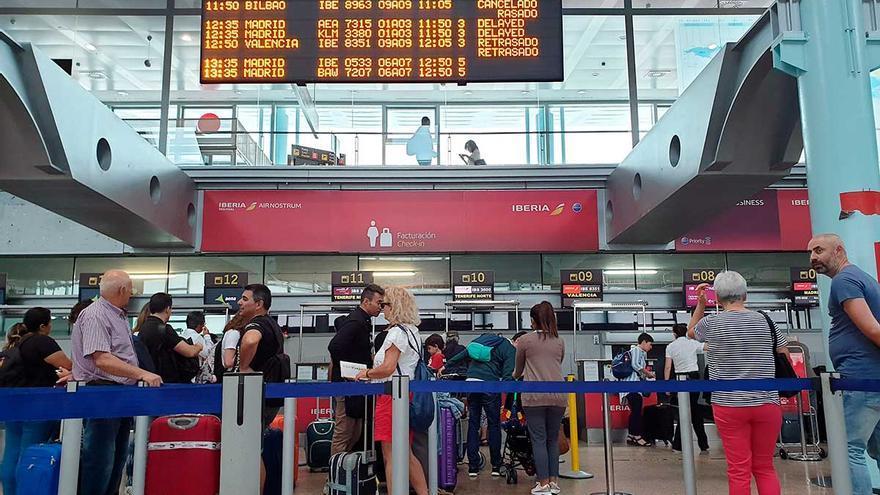 El juez falla que no procede compensar a pasajeros de vuelos cancelados por niebla