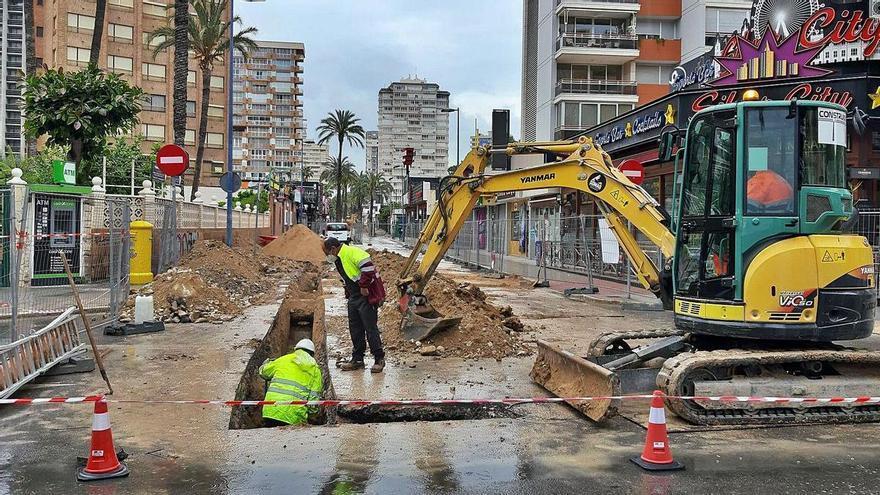 Benidorm levanta el epicentro de la zona inglesa para tenerlo renovado antes del regreso de los turistas