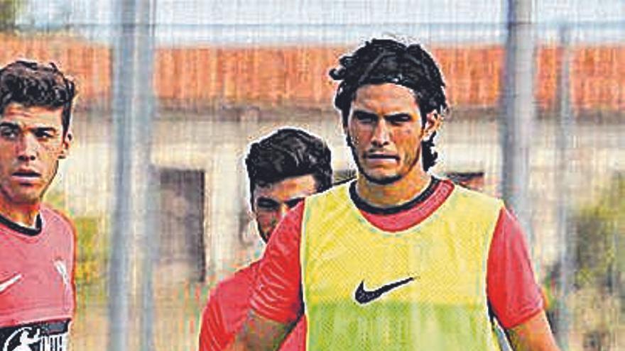 Cristian sigue sin renovar con el Sporting