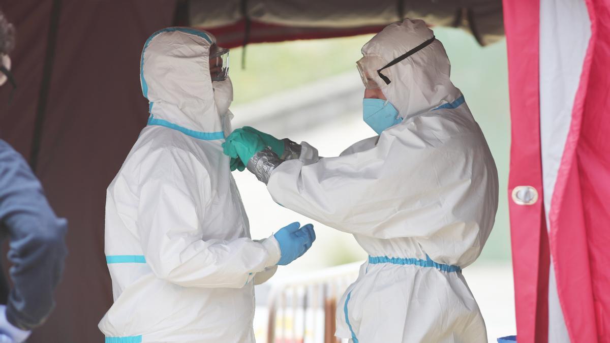 Unas 244 personas están hospitalizadas en Canarias con coronavirus.