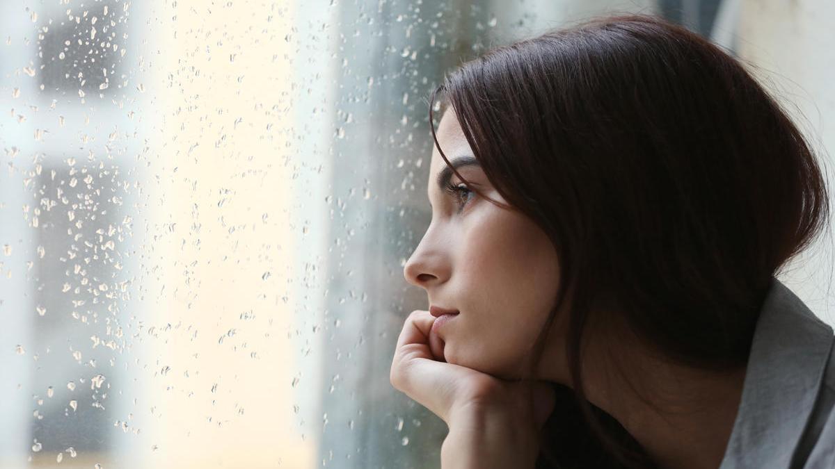 El trabajo revela que 6 de cada 10 españoles se han sentido en algún momento tristes, deprimidos o desesperados.