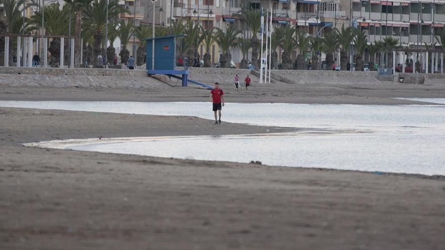 Adiós a plantar la sombrilla a primera hora para guardar sitio y no más de cuatro horas en la playa