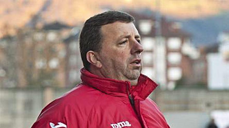 Movimientos en la Tercera División de Asturias: L'Entregu y Titánico intercambian entrenadores
