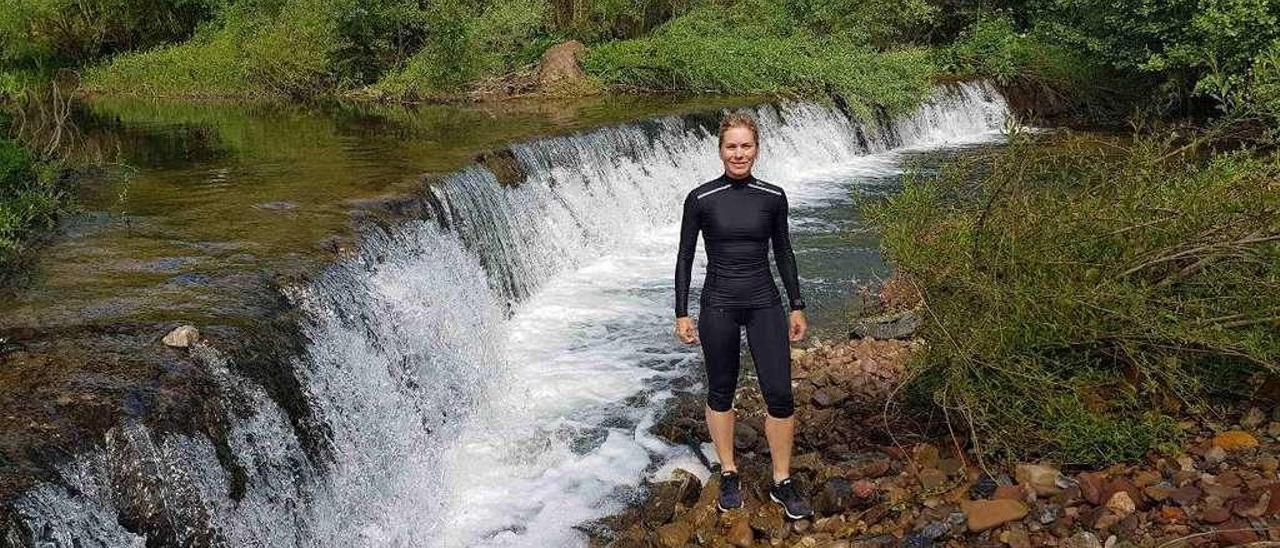 Judith Obaya posa para LA NUEVA ESPAÑA durante sus entrenamientos en Villaviciosa.