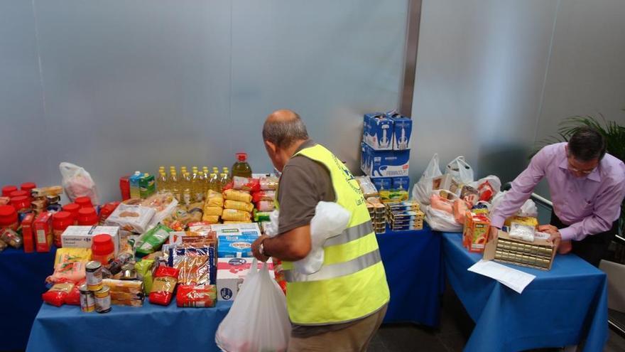 Maspalomas inicia la campaña de recogida de alimentos y productos de higiene