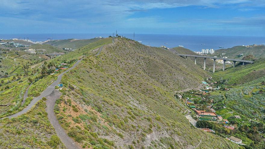 Un sendero verde conectará el palmeral de El Lasso con la Batería de San Juan