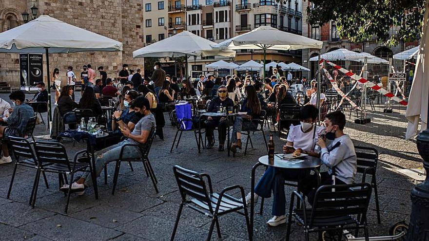 Los hosteleros de Zamora no tendrán que pagar la tasa de terrazas aunque las restricciones ya escasean