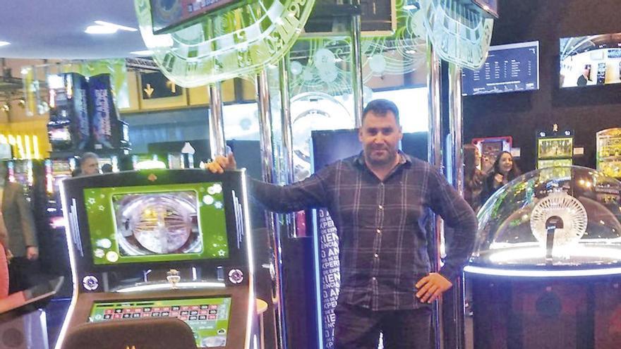 """Óscar González ofrece 5.700 euros al mes al Concello por la cafetería """"la pajarera"""", cuyo canon era de 0,60 euros/año"""
