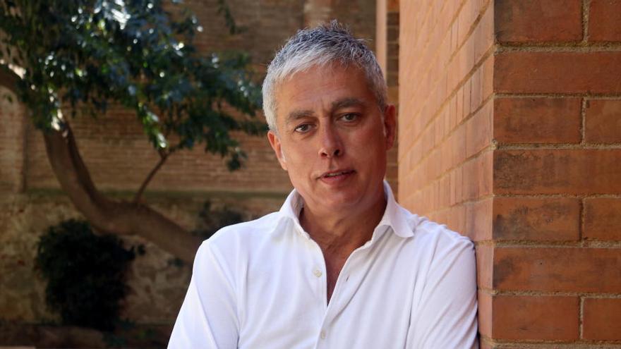 Albert Om homenatja els seus pares al «relat intimista» «El dia que vaig marxar»