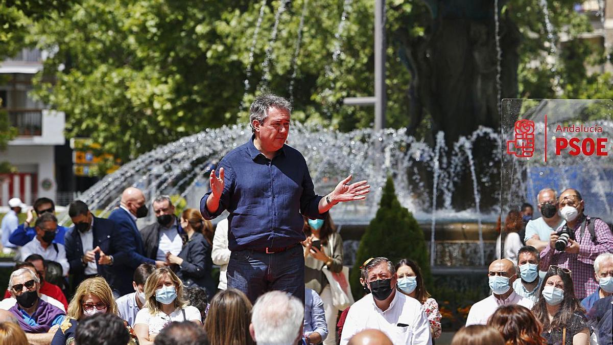 El alcalde de Sevilla, Juan Espadas,  ayer en el  acto de presentación de su candidatura para las primarias.