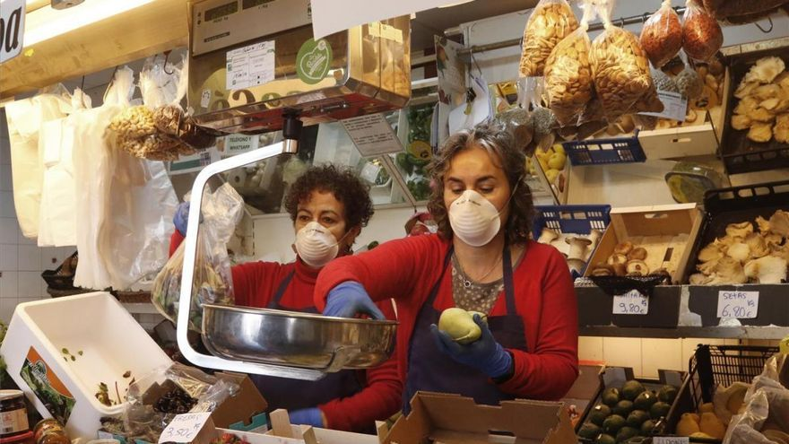 Coronavirus en Córdoba: habilitan la compra por teléfono para los mercados municipales