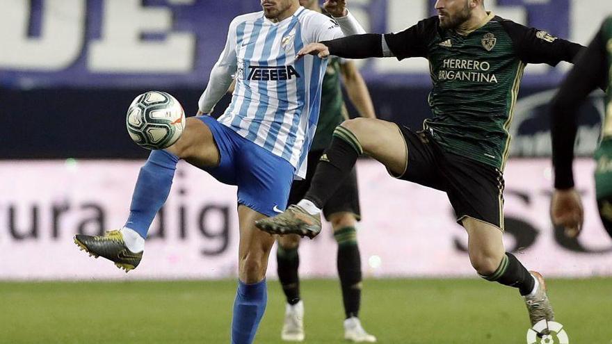 El Oviedo se entromete en la continuidad de Luis Muñoz